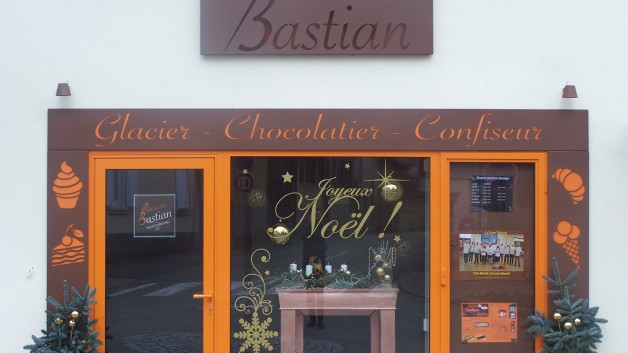 https://patisserie-bastian.com/wp-content/uploads/2015/12/100_3260-628x353.jpg